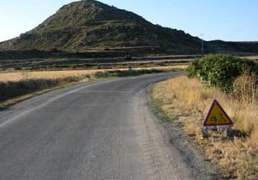 Instan al Gobierno aragonés a actuar en la A-1202, Fuencalderas-Luesia, y en la A-1103, Luna-Biel