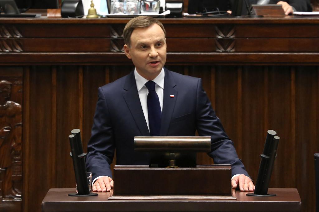 La UE inicia los trámites para retirar el derecho a voto a Polonia