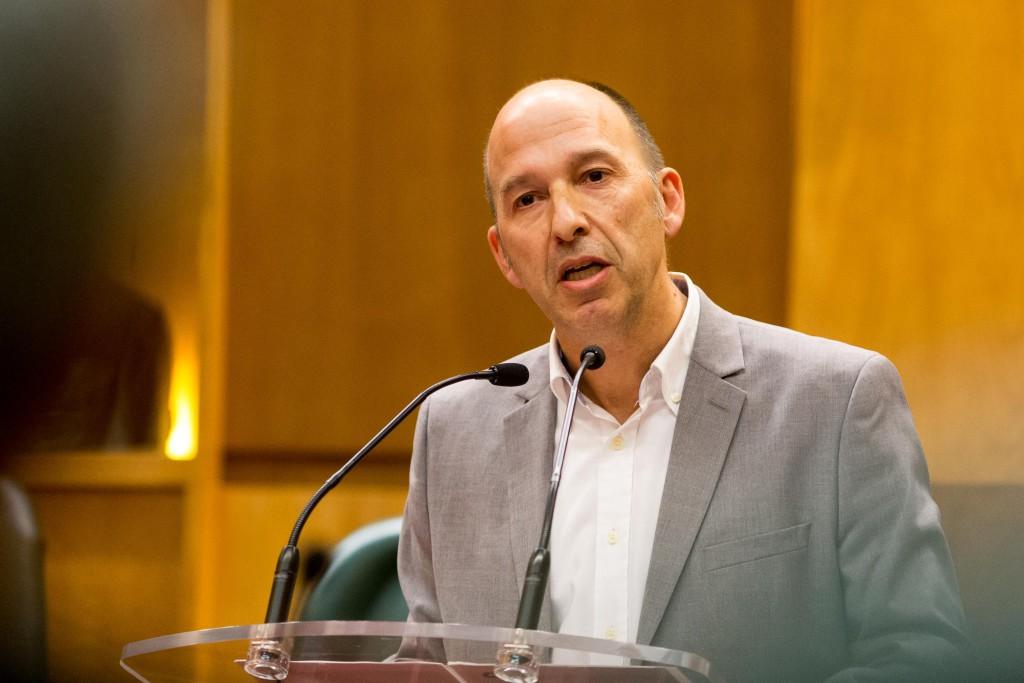 Carmelo Asensio exige al Ministerio de Fomento que el tren EVA pare en las estaciones de Zaragoza y Calatayud