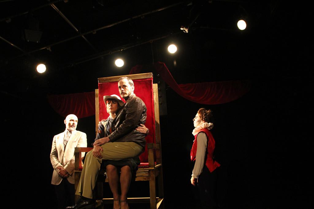 "Tarambana Teatro cierra el III ciclo Les Refusés con la obra ""¿Hamlet… es nombre o apellido?"""