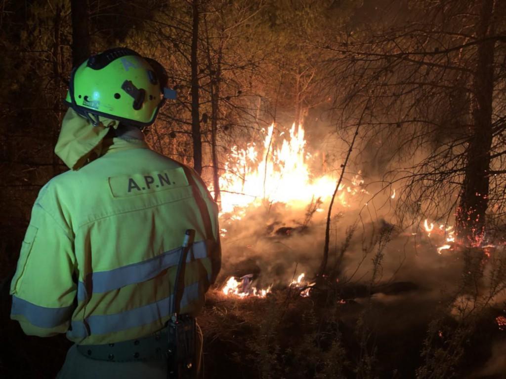Se da por controlado el incendio forestal de Vall-de-roures, el segundo por causas no naturales en menos de una semana