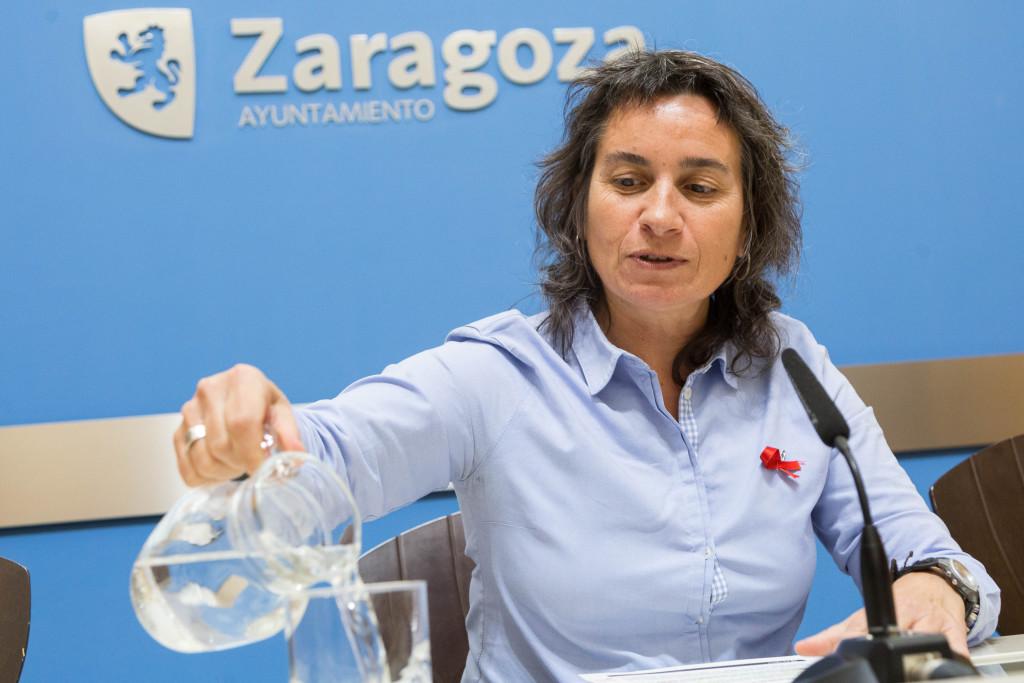 """Luisa Broto analiza los retos a los que se enfrenta el trabajo social y pide que se apueste por """"el cuidado mutuo"""""""