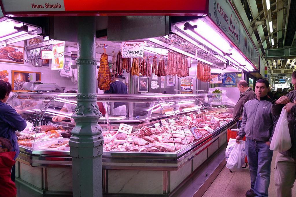 Detallistas del Mercado Central de Zaragoza afrontan su reto más decisivo e ilusionante