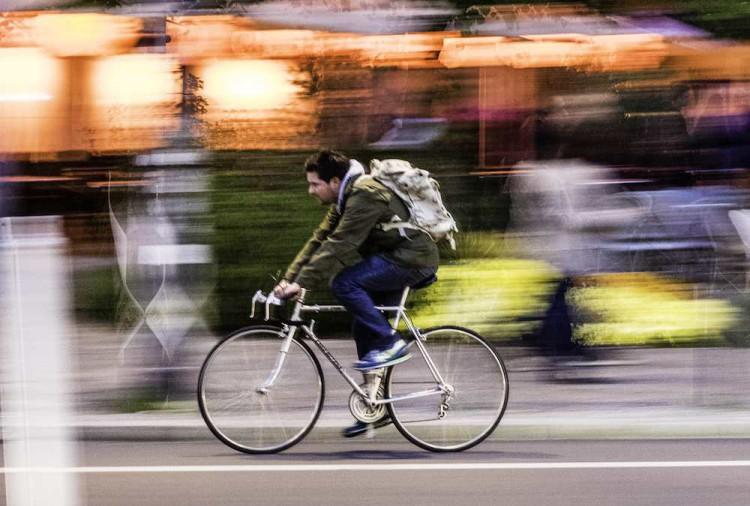 CHA-Uesca rechaza la prohibición de ir en bici por el centro de la ciudad