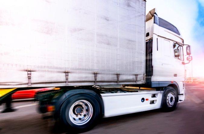 Desconvocada la huelga de transporte de mercancías tras alcanzar un acuerdo