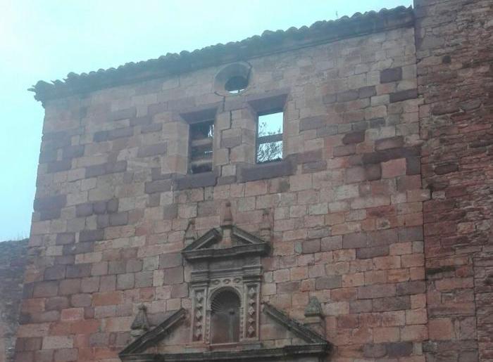 IU reclama que se intervenga en la iglesia renacentista de Ruesta tras el último derrumbe