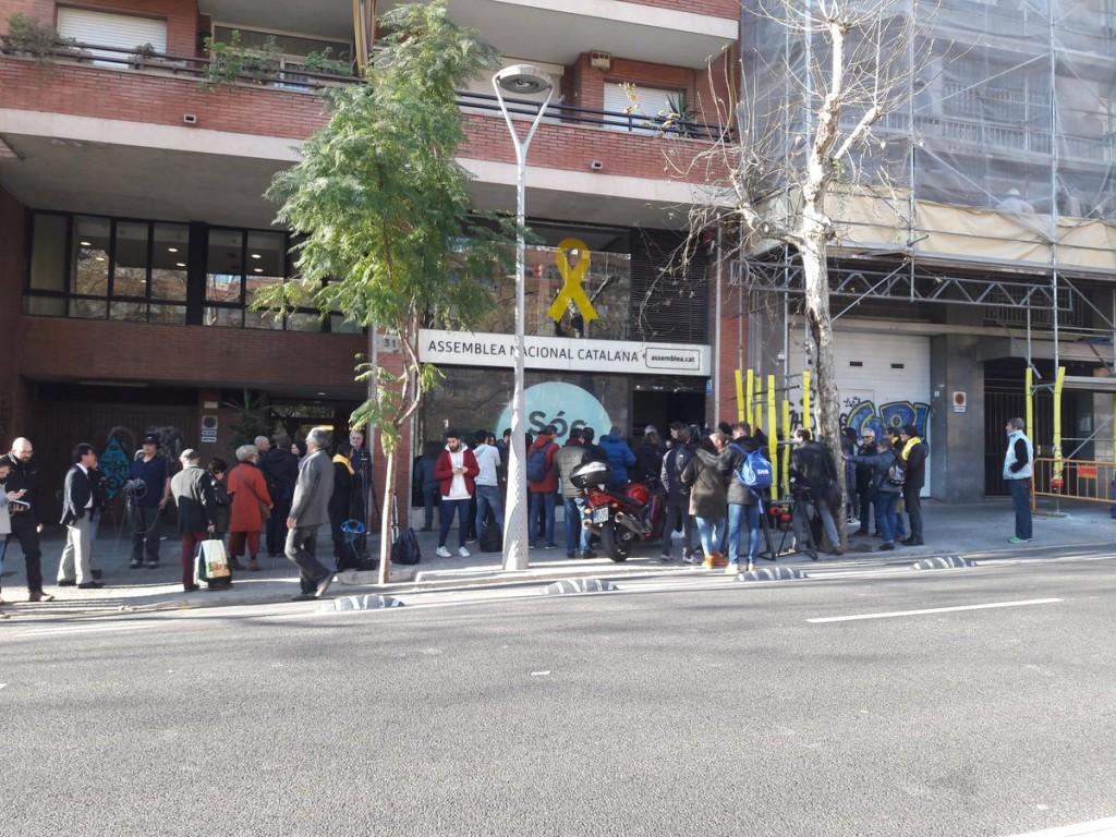 La Guardia Civil entra en las sedes de la ANC y Òmnium y el Centre de Telecomunicacions
