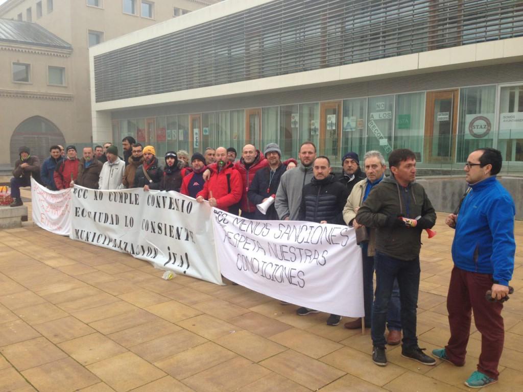 Continúan los paros de los y las trabajadoras del alcantarillado de Zaragoza