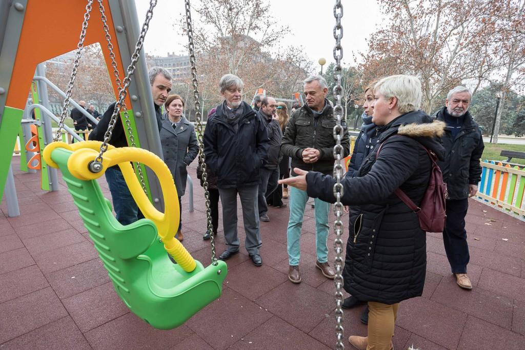Los Presupuestos Participativos 2017 dejan en L'Almozara una decena de mejoras en accesibilidad, espacios recreativos y centros educativos