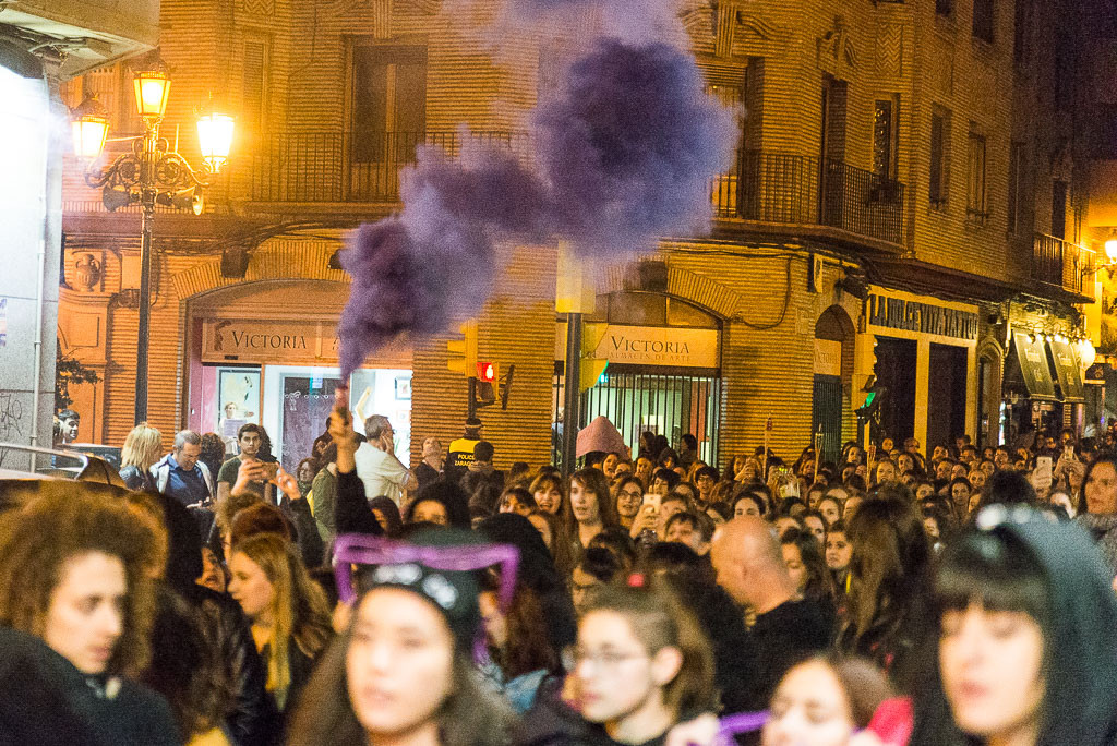 Macro-asamblea de la comunidad educativa para preparar la convocatoria del 8M en institutos y facultades de Zaragoza