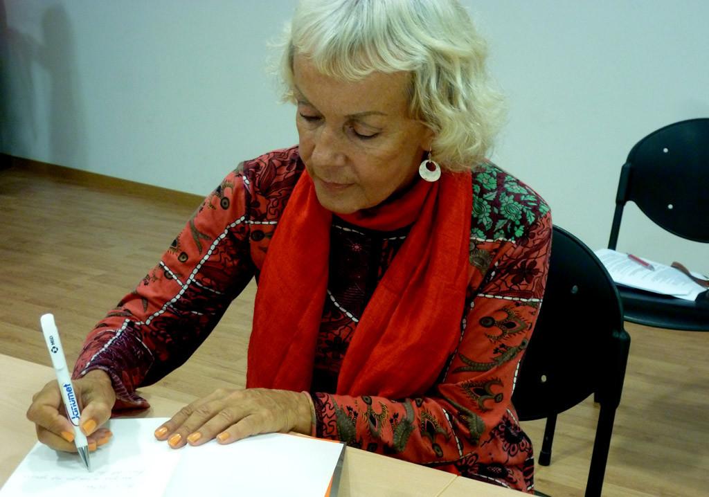 Monika Zgustova.