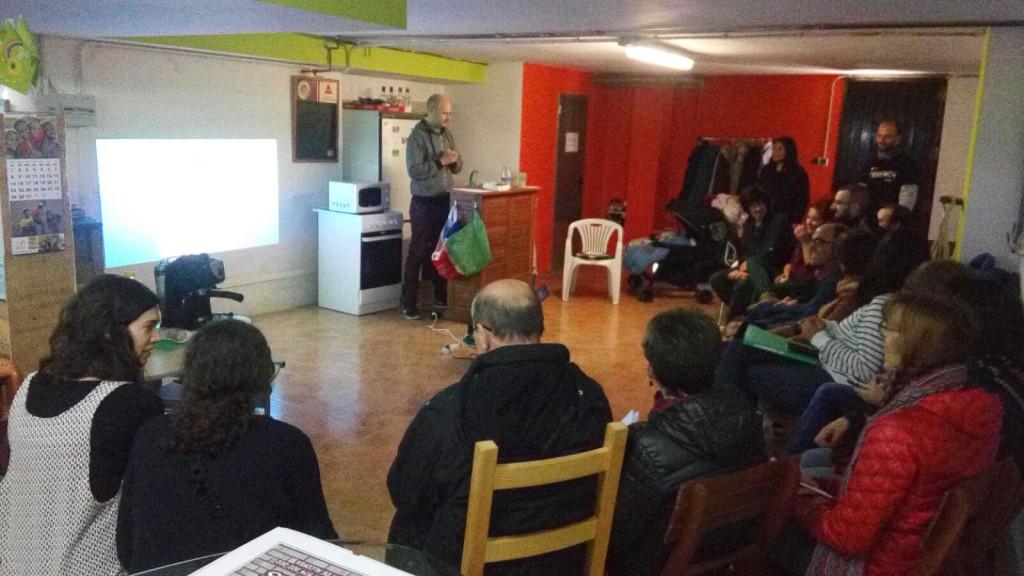 L'Albahaca Reberde despidió el año con un taller de aragonés y vermú para socios y socias