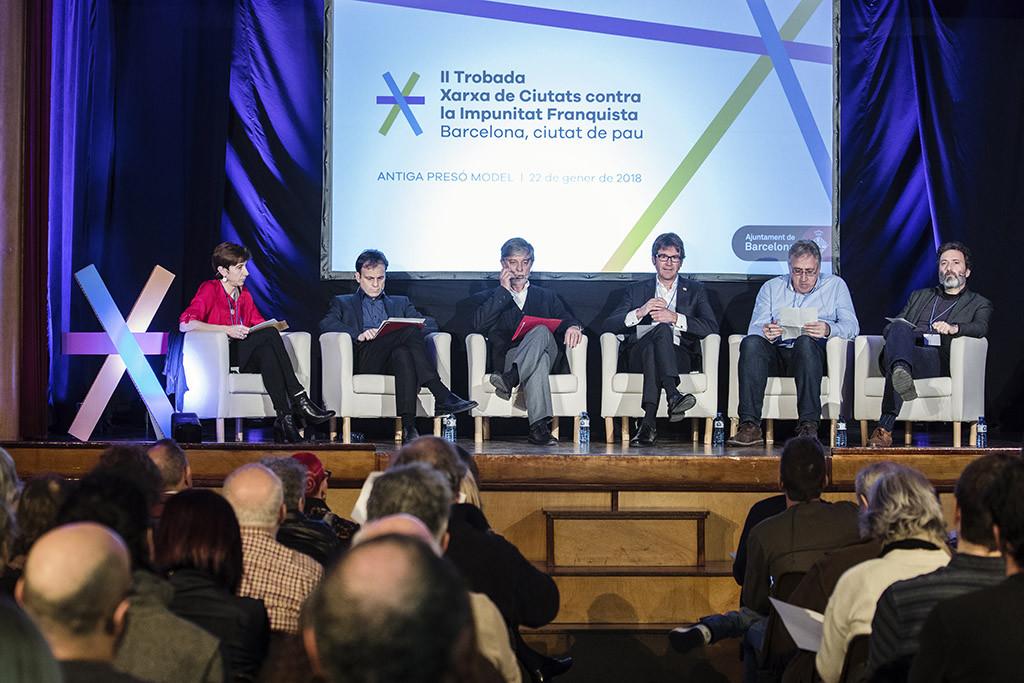 Santisteve expone en la Red de Ciudades contra la Impunidad Franquista los avances en Memoria Histórica de Zaragoza