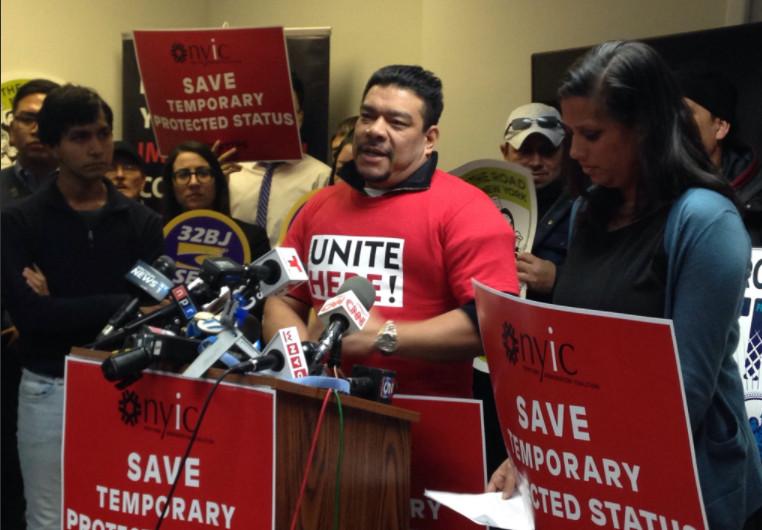 Estados Unidos obliga a salir a 200.000 salvadoreños o serán deportados
