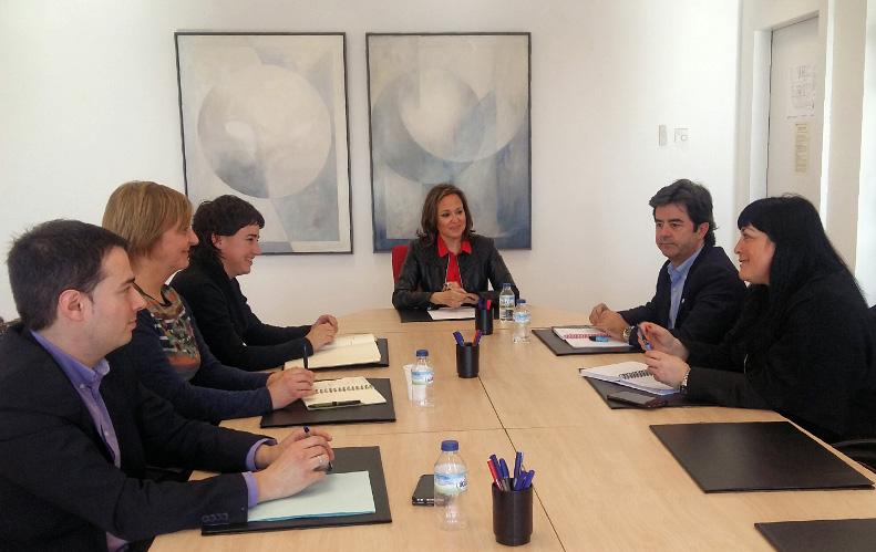 Cambiar Huesca valora positivamente el encuentro con la consejera de Educación para dar a conocer el Plan para el Perpetuo Socorro
