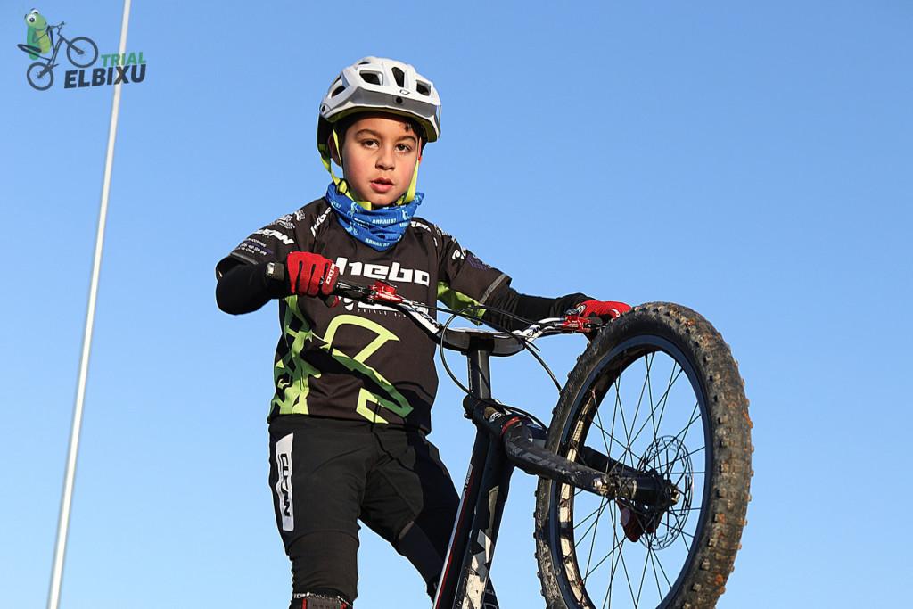 Poldo Sillué inicia la temporada de bike trial en la primera jornada del II Open El Bixu