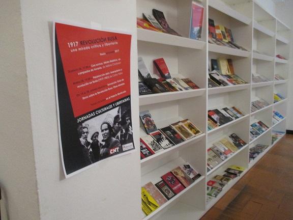 CNT Fraga organiza una exposición a través de una selección de textos sobre la Revolución Rusa