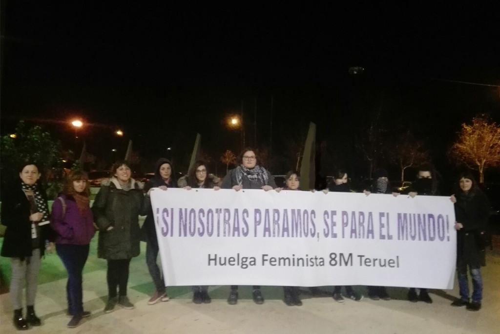 Huelga Feminista 8M Teruel protesta en el acto de Rivera ante la falta de apoyo de Ciudadanos a la movilización del 8 de marzo