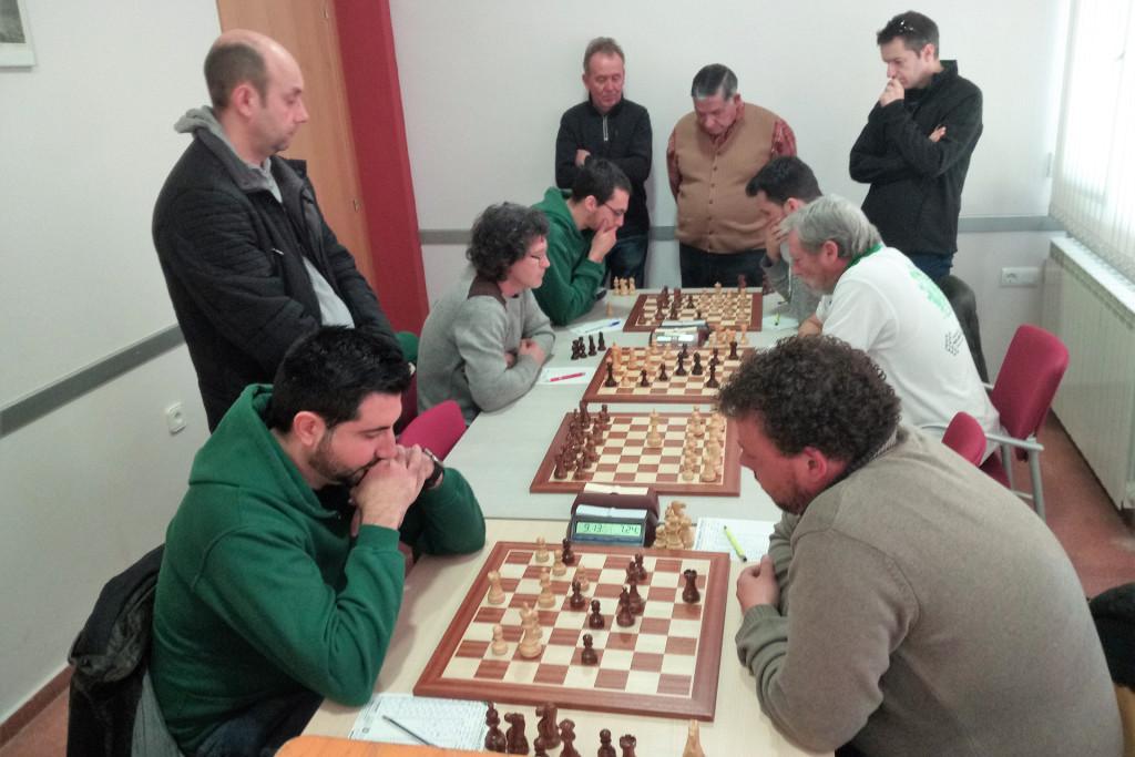 El Baix Segre de Mequinensa de ajedrez se queda a las puertas de conseguir su primera victoria de la temporada