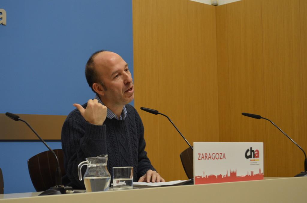 CHA, ZeC y PSOE apoyan una moción que exige al Gobierno de Sánchez eliminar la política de recortes