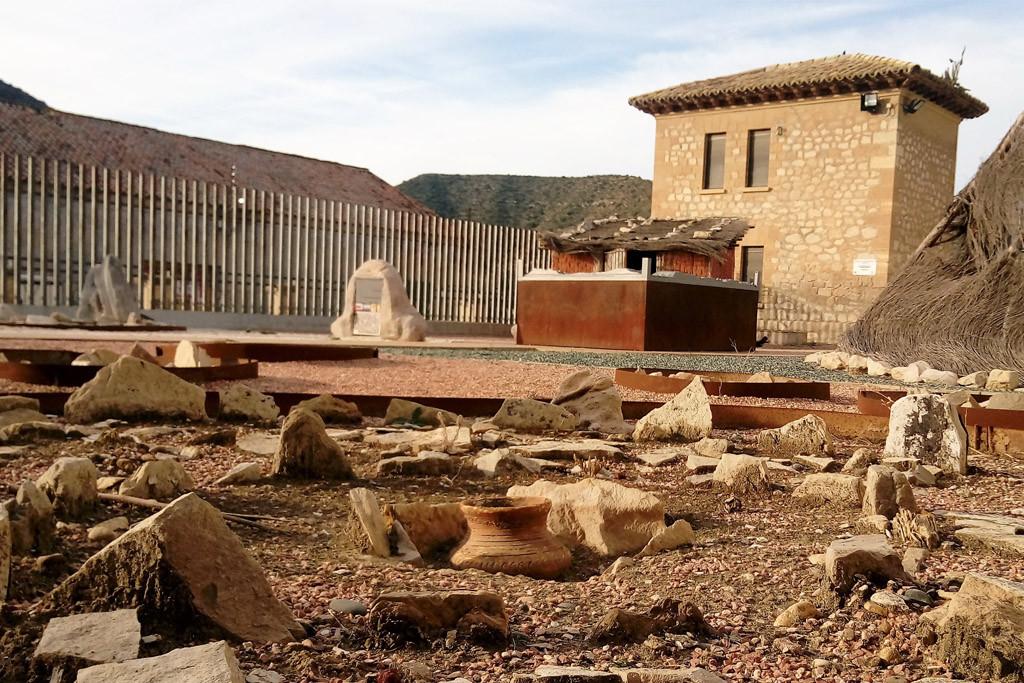 Museos de Mequinensa propone un taller gratuito de arte rupestre y vasijas