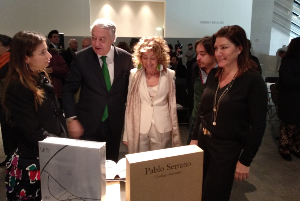 El catálogo razonado de Pablo Serrano reúne en un solo volumen las 1.200 esculturas realizadas por el escultor aragonés