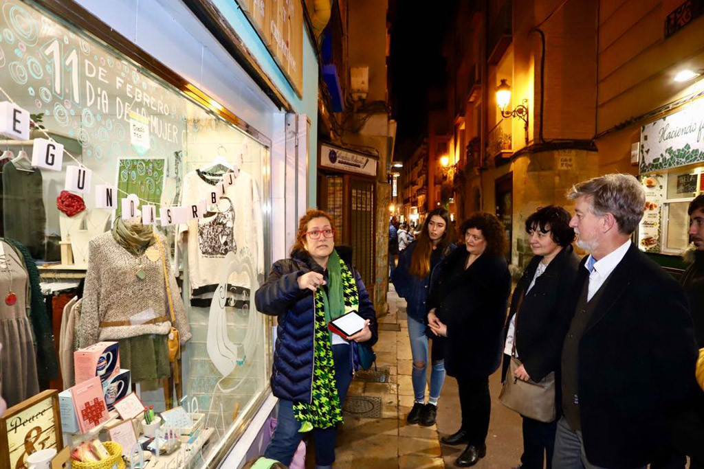 Las mujeres científicas, a primer plano en las calles de Zaragoza