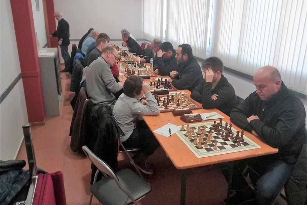 El Baix Segre de Mequinensa suma sus primeros puntos en la preferente leridana de ajedrez