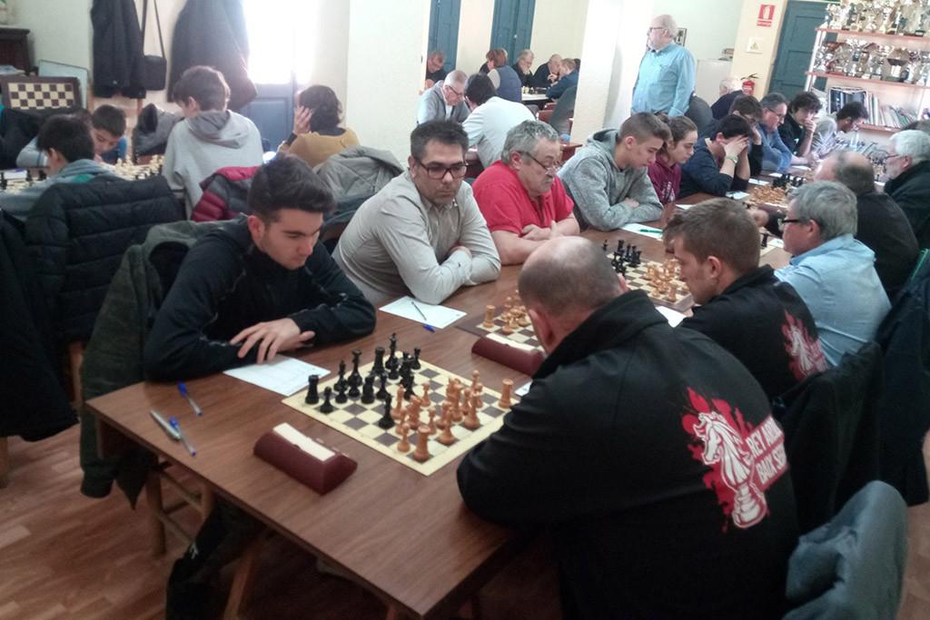 Nuevo tropiezo del Baix Segre de Mequiensa en la preferente leridana de ajedrez