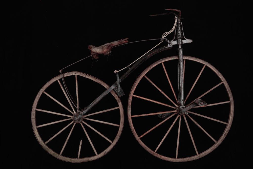 Uesca homenajea a Mariano Catalán y Gregorio Barrio en el 150 aniversario del primer gran viaje en bicicleta