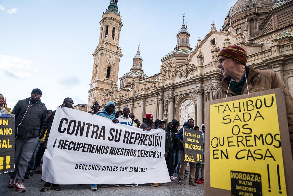 Concentración en Zaragoza para apoyar a las víctimas de la Ley Mordaza