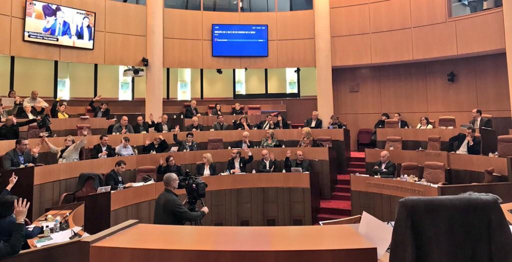 El Parlamento portugués y la Asamblea de Corsica emplazan al Gobierno español a encontrar una solución política en Catalunya