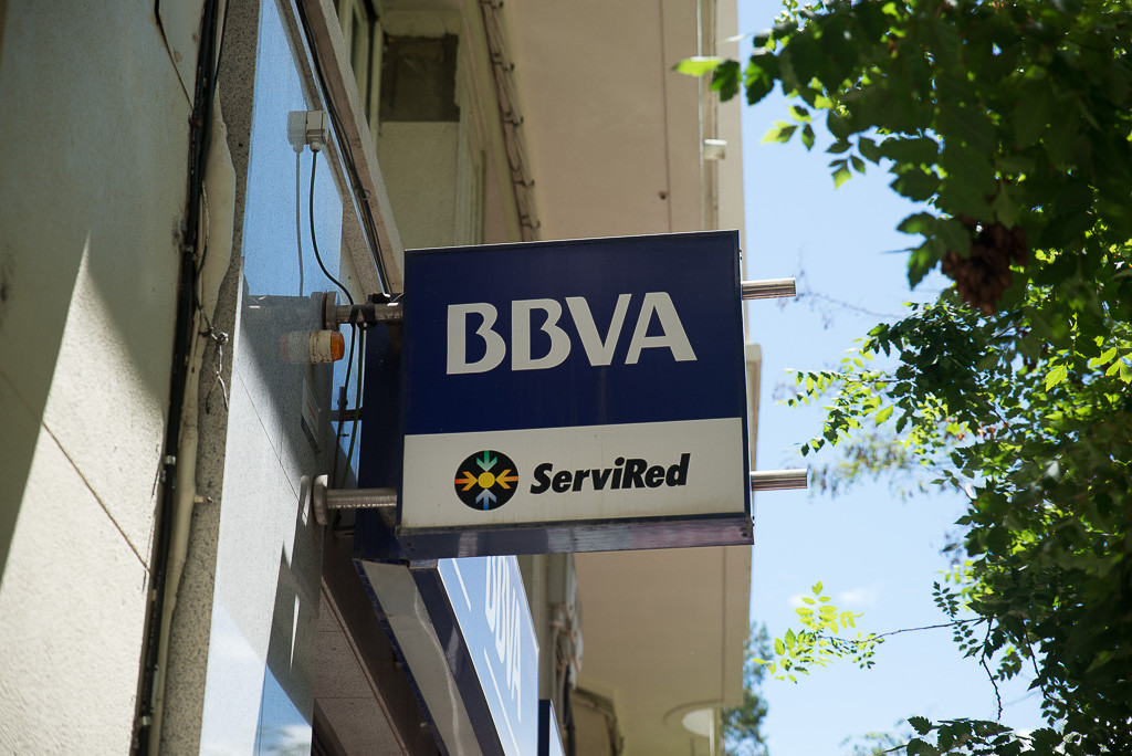 PAH Fraga denuncia la venta masiva de viviendas desocupadas de BBVA en la localidad a un fondo buitre