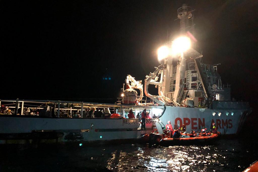 """La Policía italiana paraliza el barco de rescate 'Open Arms' acusado de """"fomentar la inmigración ilegal"""""""