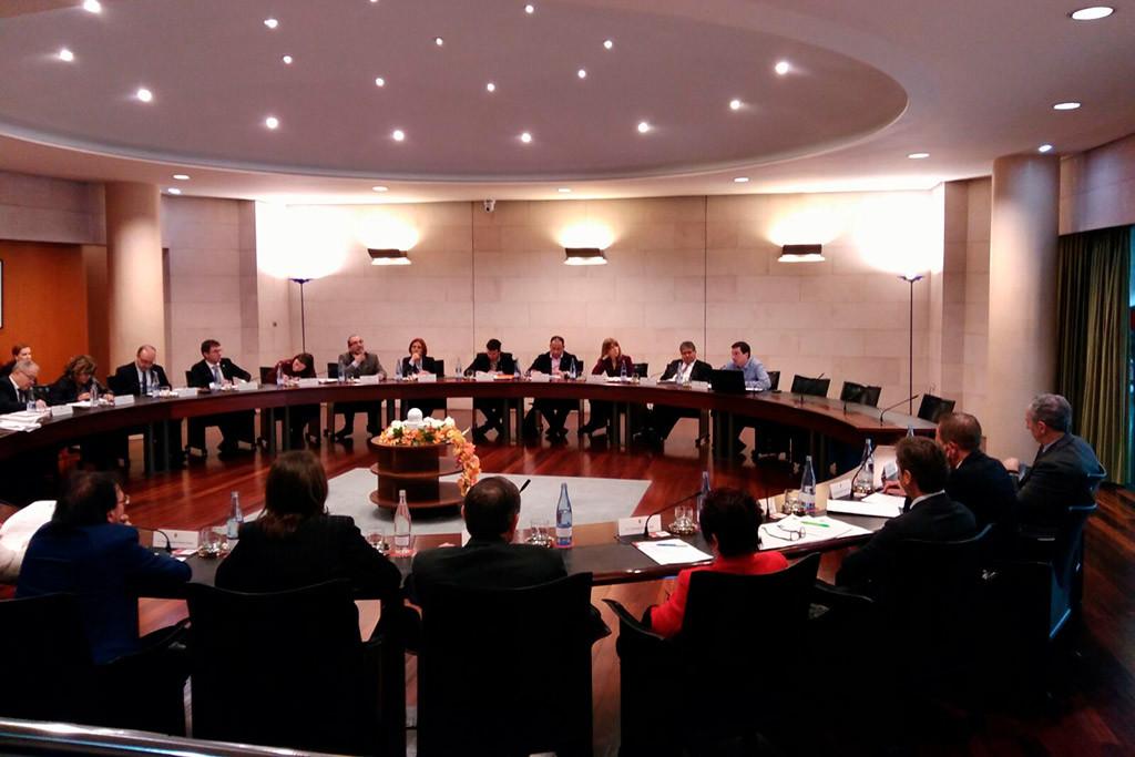 Arduña pregunta por la no convocatoria de la Comisión de Hacienda para  debatir la tasa del Boletín territorial