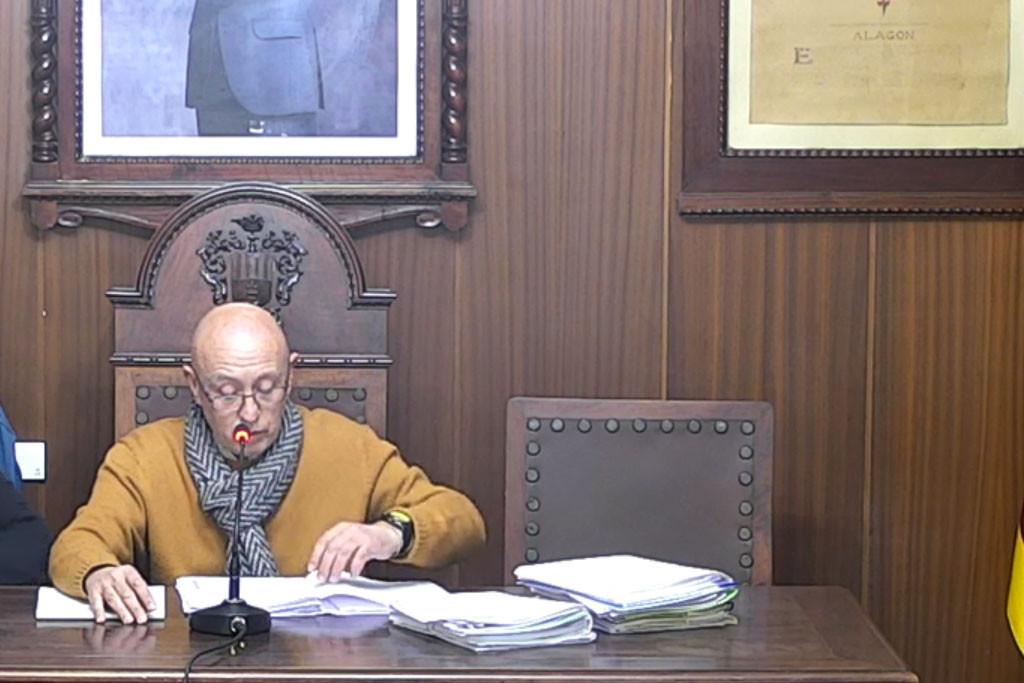"""El alcalde de Alagón lleva a Pleno, por segunda vez, la recalificación de un terreno """"propiedad de un familiar directo"""""""