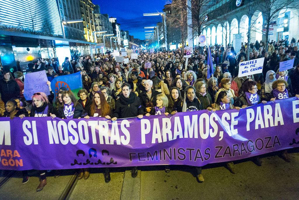 Cabecera de la manifestación en Zaragoza. Foto: AraInfo.