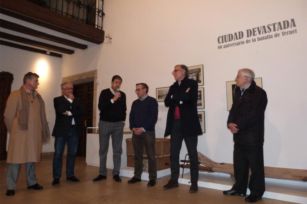 """La muestra """"Ciudad devastada» recuerda el 80 aniversario de la Batalla de Teruel"""