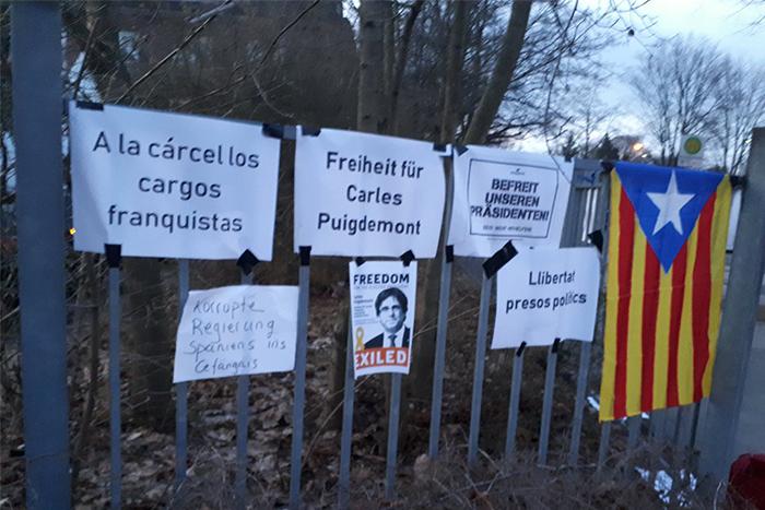 El Comité de Derechos Humanos de la ONU acepta la demanda de Puigdemont, que seguirá detenido en Alemania mientras se estudia su extradición