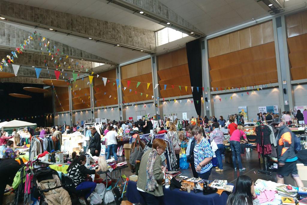 """""""Solidarizar 2019"""" arranca sus preparativos con la reserva de puestos para el popular mercadillo de segunda mano"""