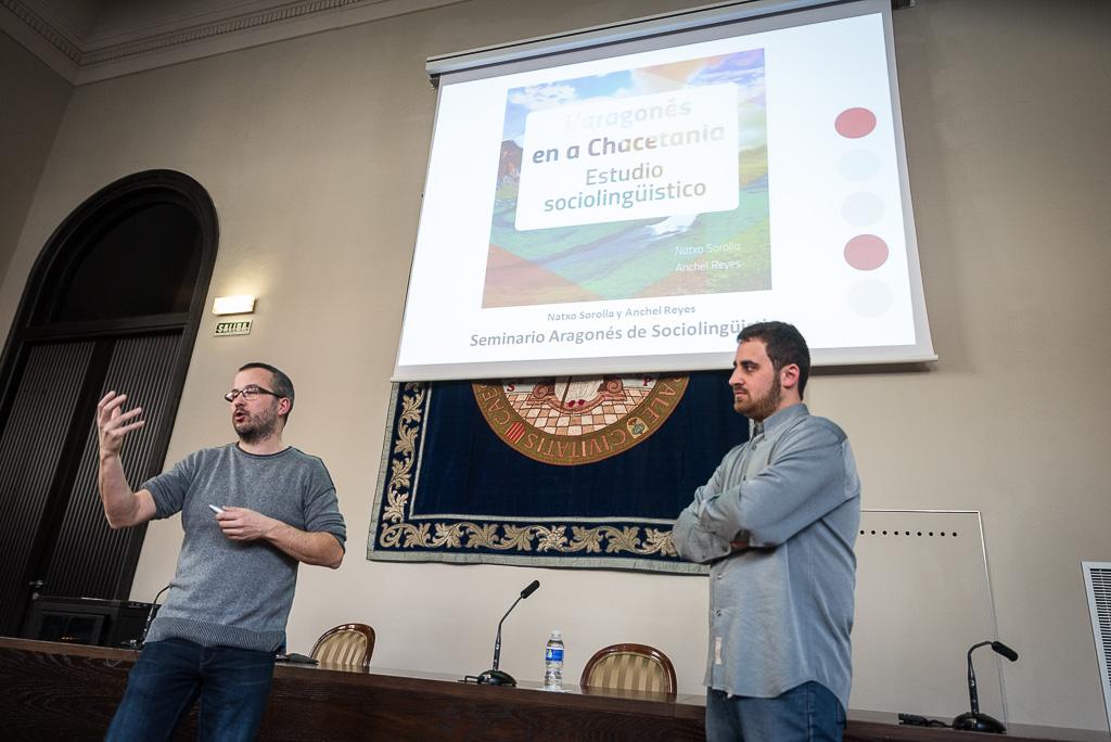 Presentación ene el Seminario Aragonés de Sociolingüística. Foto: Pablo Ibáñez.