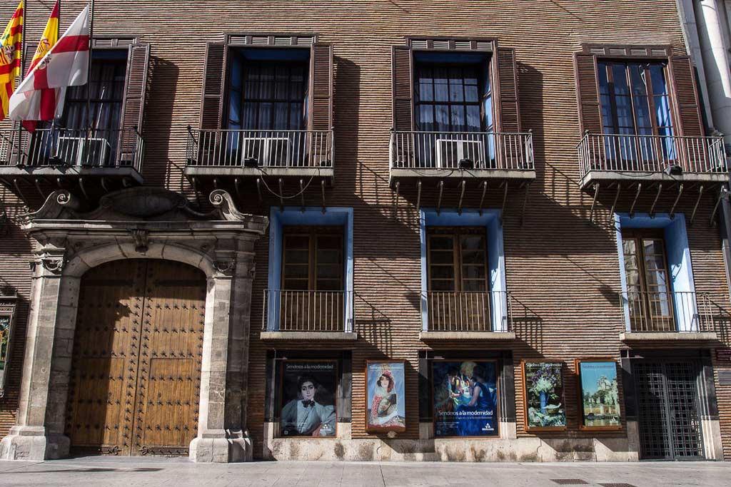 Una guía didáctica para niños y niñas sobre la historia y las curiosidades del palacio de Sástago