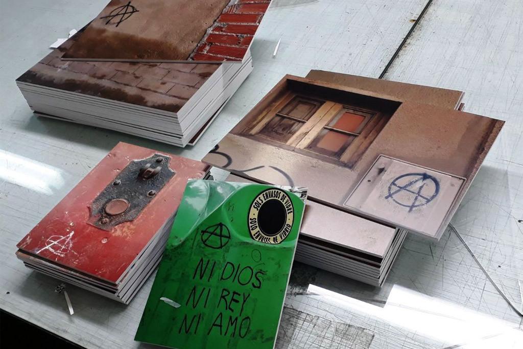 Comienzan en Zaragoza las Jornadas Libertarias con una exposición fotográfica sobre el símbolo anarquista