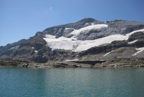 Los hielos y lagos glaciares guardan una valiosa información medioambiental