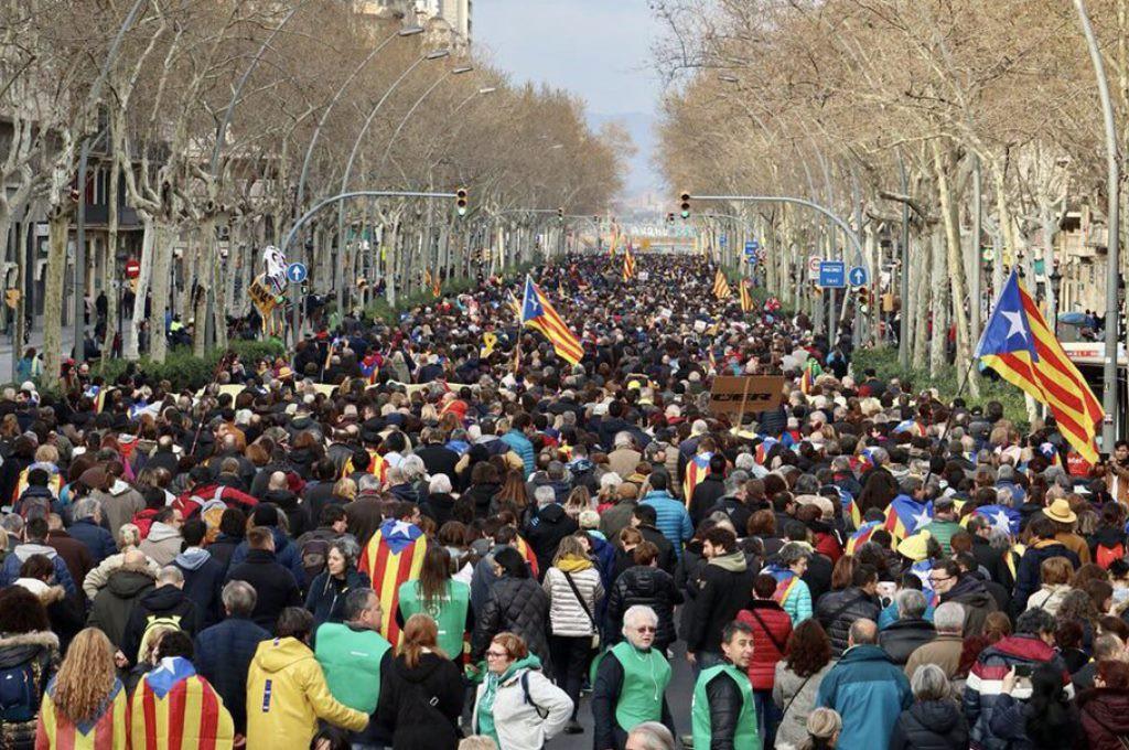 JxCat, la CUP y la ANC apuestan por investir a Carles Puigdemont tras su detención en Alemania
