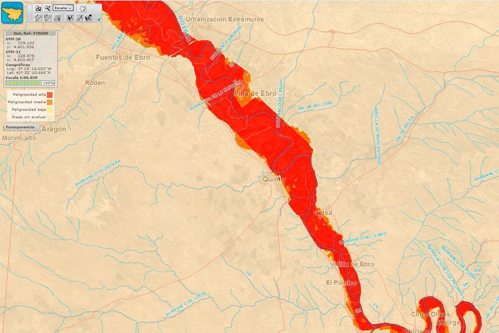 La punta de la crecida del Ebro llega a Villafranca, Quinto y Pina d'Ebro