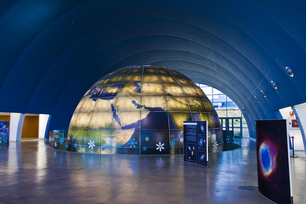 El Planetario de Aragón ofrece un viaje de realidad aumentada por el Sistema Solar