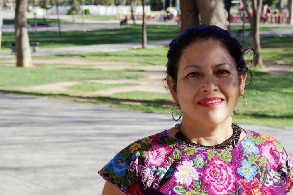 """Bettina Cruz: """"Es una nueva forma de colonialismo, antes eran los españoles y ahora son las multinacionales"""""""