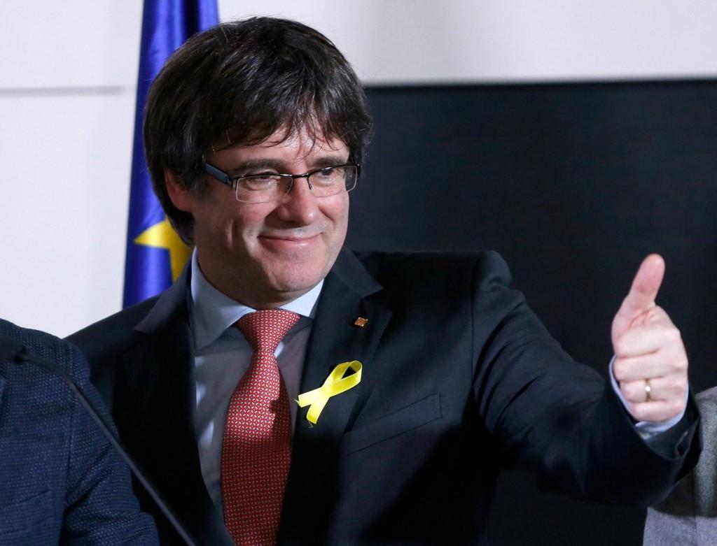 """El Tribunal supremo se plantea acusar a Carles Puigdemont de """"sedición"""" y no de """"rebelión"""" para poderlo extraditar"""