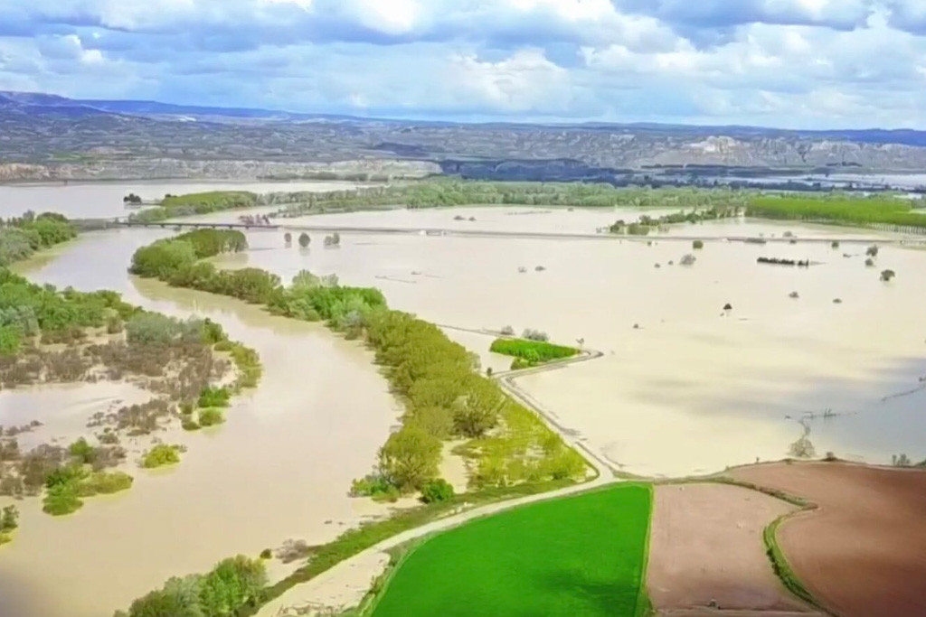 La DPZ financiará el arreglo de los daños por la riada del Ebro con cargo al superávit del año pasado